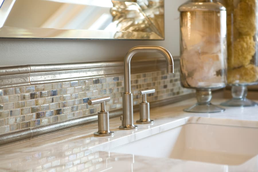 Elegant Sink and Fixtures